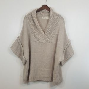 Zara KNit Ivory Oversized Half Sleeve Sweater
